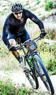 Wolf Pac Alpha Cycling kit 569d2deac