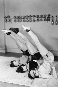 1950's: Vintage group exercise class  .... #vintageyoga #yogahistory #1950s #yogaworld #om #namaste #yoga #vintageexercise
