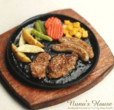 Nunu's house grilled food