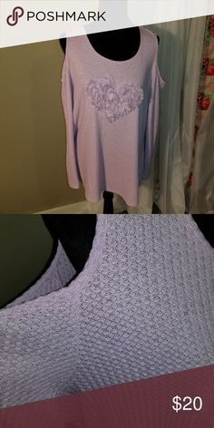 56471f94b89 Beautiful Lavender Cold Shoulder Thin Knit(E14) Beautiful Shirt. Tag was  removed