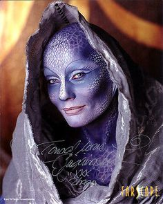 VIRGINIA HEY SIGNED 8X10 PHOTO REPRINT FARSCAPE