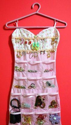 Decor: Organizador de Bijuterias | Crie Moda por Fabi Santina | Bloglovin'