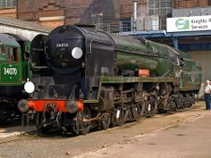 """Rebuilt Bulleid """"West Country Class"""" light pacific, 34028 """"Eddystone"""" seen at the recent Eastleigh 100 event. Diesel Locomotive, Steam Locomotive, Southern Trains, Vintage Trains, Steam Railway, Southern Railways, Bullen, Train Times, Electric Train"""