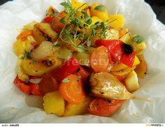 Jamie Oliver, Fruit Salad, Potato Salad, Pork, Food And Drink, Potatoes, Vegan, Ethnic Recipes, Sweet