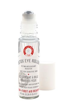 First Aid Beauty: Detox Eye Roller- Reduce Dark Circles and Puffiness