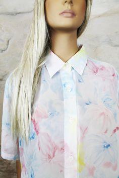 Blusa vintage en gasa transparente con estampado por Torreillinoise