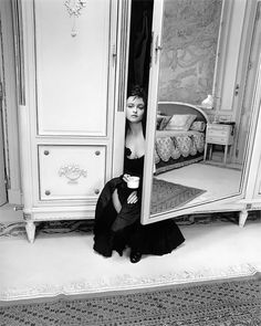 Intimate Celebrity Portraits By The Late Kate Barry Show Famous Women Like You Haven't Seen Them Before