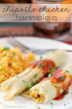 Make any occasion special with these Chipotle Chicken Tamales! Make any occasion special with these Chipotle Chicken Tamales! Although they take some time to prepare tamales are easy to make - let me show you! Mexican Dishes, Mexican Food Recipes, Dinner Recipes, Ethnic Recipes, Mexican Menu, Korean Recipes, Rib Recipes, Quick Recipes, Delicious Recipes