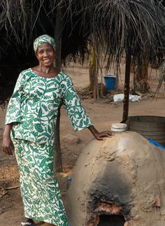 Mama Agnes Kwao our bead maker from Krobo