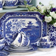 Legendary BLUE WILLOW China! Willow Pattern Set