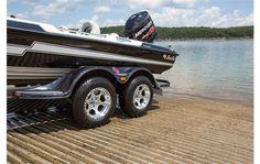 2015 Bass Cat Boats Cougar Advantage Elite