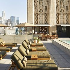 The Best Rooftop Hangouts in Los Angeles