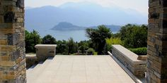 Read about luxury waterfront villa with 4 bedrooms, garage, garden, Jacuzzi, and great views. Discover best properties for sale in Lake Como. Real Estate Services, Lake Como, Apartments For Sale, Lake View, Luxury Villa, Great View, Jacuzzi, Villas, Property For Sale