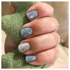 Glistening dragonflies adorn, 'Fly Away' creating truly mystical nail art on this Jamberry wrap. Jamberry Combos, Jamberry Nail Wraps, Pretty Nails, Fun Nails, Romantic Nails, Nail Care, You Nailed It, Nail Designs, Dragonflies