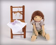 olie, waldorf doll...a sweet site. I love when people add and change dolls to make new ones. Sweet!
