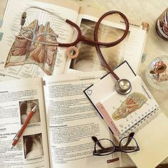 Ideas Medical Quotes Med Student Medicine For 2019 Med Student, Student Studying, Student Life, Medical Students, Medical School, Nursing Students, Nurse Aesthetic, Aesthetic Doctor, Medical Quotes