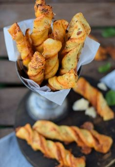 Twisted Pizza Sticks (via Bloglovin.com )