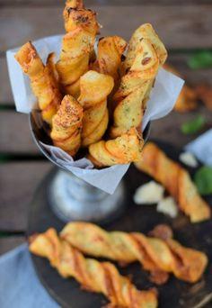 Twisted Pizza Sticks (via Bloglovin.com )