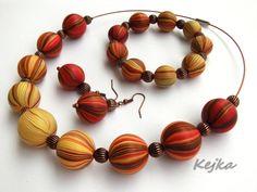 Annealed autumn beads