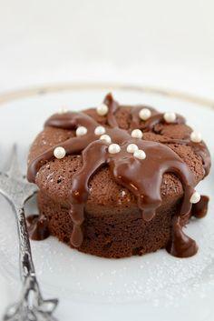 ... chocolate chestnut clOud cake ...