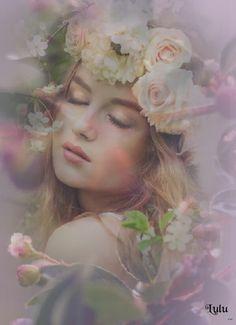 Flower Headdress, Double Exposure Photography, Macro Flower, Decoupage Vintage, Arte Pop, Color Of Life, Light Art, Art Pictures, Photos