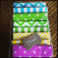 Colorful napkins!!! Don't miss it!! www.partywithmeemo.com Party Accessories, Napkins, Birthday Parties, Gift Wrapping, Colorful, Crafty, Creative, Anniversary Parties, Paper Wrapping