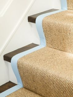 pop of color on stair runner