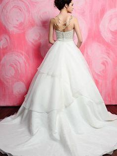 bridal gown. #wedding #dress