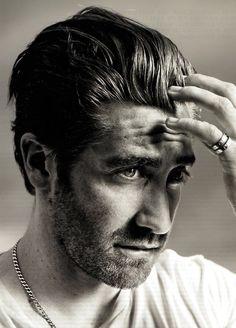 jake gyllenhaal (via my new plaid pants)