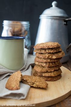 Snacks can be an interesting option when the feeling of hunger occurs between meals. Nutritious Snacks, Vegan Snacks, Dairy Free Recipes, Easy Healthy Recipes, Healthy Candy, Lactose Free Diet, Coco, Good Food, Yummy Food