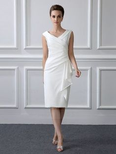 Sheath/Column Tea-length Satin V-neck Mother of the Bride Dr.- Sheath/Column Tea-length Satin V-neck Mother of the Bride Dress with Short Sleev… Sheath/Column Tea-length Satin V-neck Mother of the Bride Dress with Short Sleeve - Mob Dresses, Tea Length Dresses, Nice Dresses, Short Dresses, Fashion Dresses, Party Dresses, Wedding Dresses, Modest Dresses, Bridesmaid Dresses