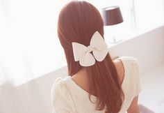 Cute and simple hair.  from http://latinulzzangtv.blogspot.com/2012/02/valentines-day.html