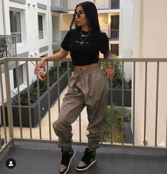 Eileen Toretto the baby of the torettos livin life in freeridge and Tomboy Outfits advent Baby Eileen freeridge Life livin Toretto torettos Tomboy Outfits, Chill Outfits, Teenage Outfits, Cute Casual Outfits, Teen Fashion Outfits, Swag Outfits, Dope Outfits, Retro Outfits, Urban Outfits