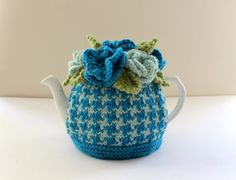 Lomond Houndstooth - Hand-knitted Floral Tea Cosy by Tafferty Designs