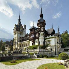 Pele's Castle Romania | Peles castle-Romania | Amazing places all around the world