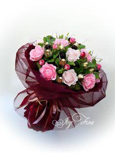 Beautiful Bouquet Of Flowers, Beautiful Flower Arrangements, Floral Arrangements, Bouquet Box, Gift Bouquet, How To Wrap Flowers, Diy Flowers, Chocolate Flowers Bouquet, Crepe Paper Flowers
