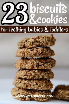These easy homemade teething biscuits might be hard to chew but they're a healthier option to the store bought ones and are made with common ingredients like banana oats or other cereals and coconut oil. Your baby's or toddler's sore gums will thank you. Healthy Baby Food, Healthy Meals For Kids, Meals For One, Kids Meals, Easy Meals, Healthy Recipes, Healthy Lunches, Detox Recipes, Baby First Foods