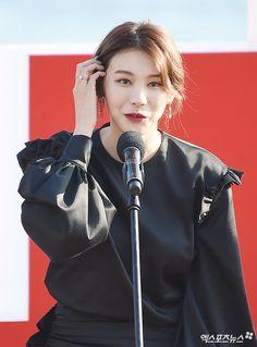유인영, '전체관람가' 이명세 감독 단편영화 출연 | Empress Ki, Female Models, Asian Beauty, Kdrama, Korean, Actresses, Female Actresses, Girl Models, Korean Language