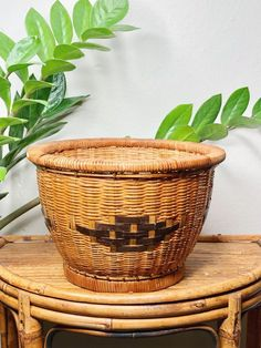Basket Planter - Wicker Planter - Wicker Basket - Vintage Planter Wicker Planter, Basket Planters, Rattan Basket, Kitchen Storage Containers, Storage Baskets, Orange Home Decor, Cactus Decor, Southwestern Decorating, Vintage Planters