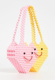 I'm not a handbag person, but even *I* have found myself tempted to stock up on all the cute summer bags on offer right now. Beaded Purses, Beaded Bags, Beaded Jewelry, Beaded Crafts, Summer Bags, Cute Bags, Womens Tote Bags, Beading Patterns, Fashion Bags