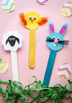 This Easter, have some fun making some Popsicle Stick Easter Crafts - Bunny, Chick and Sheep. Use them as bookmarks or decor or gift them to your friends! crafts church Popsicle Stick Easter Crafts - Bunny, Chick and Sheep Popsicle Stick Crafts For Adults, Crafts For Teens To Make, Summer Crafts For Kids, Craft Stick Crafts, Spring Crafts, Holiday Crafts, Diy And Crafts, Paper Crafts, Craft Ideas