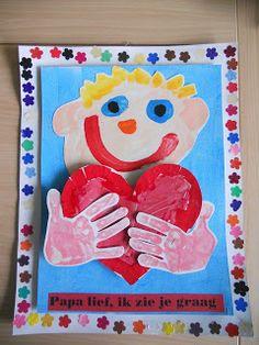 De Knuffel: Eerste kleuterklas juf Véronique : Feest voor alle papa's! Valentine Crafts, Valentines, Fathers Day Crafts, Mamas And Papas, Mother And Father, Diy For Kids, Teacher Gifts, Kindergarten, Crafts For Kids