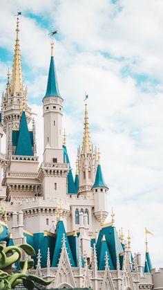 She talks about Disney World a lot 80s Wallpaper, Disney Phone Wallpaper, Iphone Background Wallpaper, Aesthetic Iphone Wallpaper, Aesthetic Wallpapers, Disney Phone Backgrounds, Disney Love, Disney Magic, Disney Art
