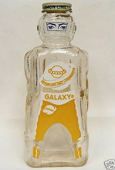 Galaxy Syrup Company, Spaceman Bottle – 1953 ingenious packaging that gets the kids to choose that brand rather than the competitors brand, like Aunt Jemima. Antique Bottles, Vintage Bottles, Bottles And Jars, Vintage Packaging, Brand Packaging, Packaging Design, Vintage Space, Retro Vintage, Atomic Age