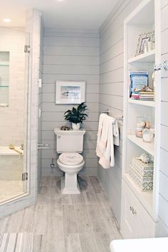 Beach Bathroom ideas and photos to inspire your next home decor project or remodel. #countrybathrooms