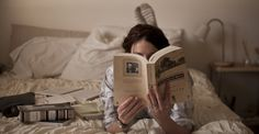 Book photography reading girl 39 Ideas for 2019 Reading In Bed, Woman Reading, Reading Books, Good Books, Books To Read, My Books, Book Aesthetic, Book Photography, Morning Photography