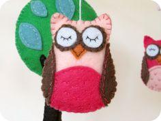 owl felt mobile