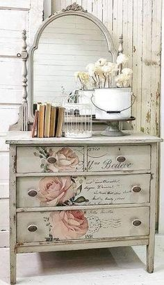 Miniature Shabby Chic Cottage Shabby Chic Decor For Classroom Cottage Shabby Chic, Shabby Chic Office, Shabby Chic Vintage, Shabby Chic Vanity, Shabby Chic Sofa, Shabby Chic Interiors, Shabby Chic Homes, Shabby Chic Dressers, Cottage Style