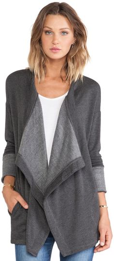 No structure to this open front cardigan with all kinds of excess material that would just make me look bigger than I really am. Hugely unflattering to all but the super skinny.
