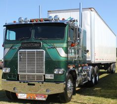 See our gallery of Freightliner cabover pictures and learn more about the rise and fall of this popular, nostalgic model of semi truck. Big Rig Trucks, Tow Truck, Semi Trucks, Cool Trucks, Dodge Trucks, Chevrolet Trucks, Chevrolet Impala, Lifted Trucks, Freightliner Trucks